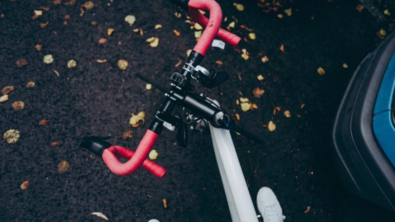 tani rower szosowy